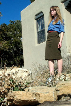 blue Charter Club blouse - green Weekend by MaxMara skirt - black Karen Scott sh