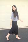 Black-moms-vintage-shirt-black-diy-skirt