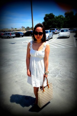 white lace dress Forever 21 dress - bronze Michael Kors bag - black Cole Haan su