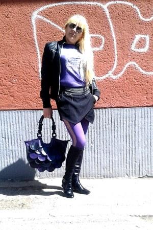 black diffuse skirt
