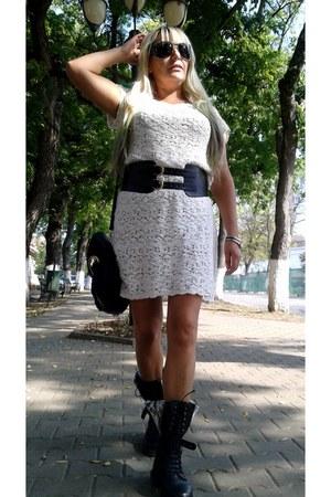 black boots - black chic boots Dr Martens boots
