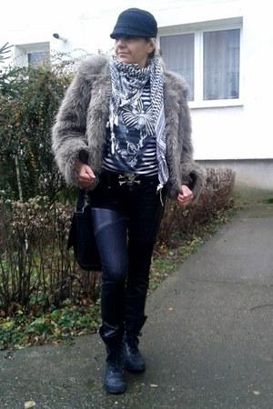 black chic jeans mogul jeans