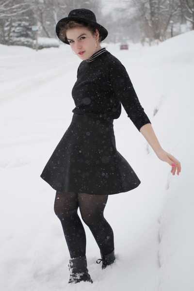 black turtleneck American Apparel dress - black H&M hat