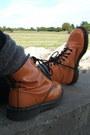 Periwinkle-denim-guess-jacket-carrot-orange-patent-dr-marten-boots