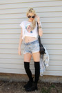 Black-original-dr-martens-boots-periwinkle-vintage-denim-guess-jacket