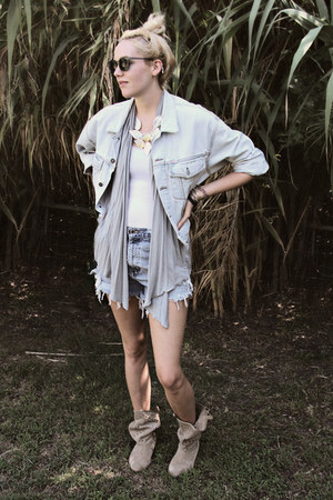 Guess jacket - suede cutout decree boots - diy vintage shorts