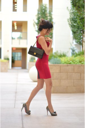bandage herve leger dress - ruby red Chanel bag