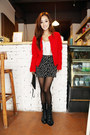 Red-blazer-black-stars-skirt