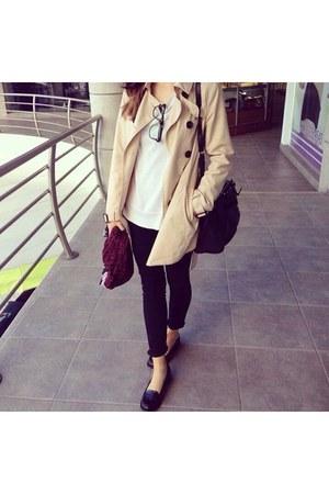 black Forever 21 jeans - beige Stradivarius coat - crimson banana republic scarf