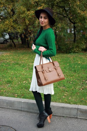 burnt orange Zara bag - dark brown lindex hat - green Zara sweater