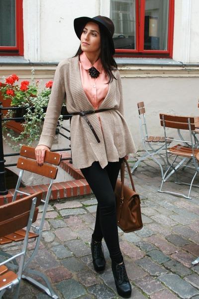 lindex hat - Zara bag - lindex necklace - Amisu blouse - Jeffrey Campbell wedges