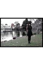 black Zara dress - black feathers crown vintage hat - black Lefties tights - gol