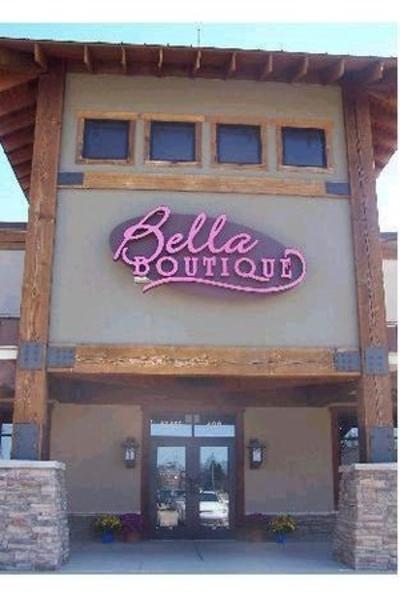 Bella Boutique Store Front