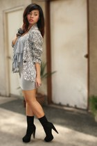 white Archive Clothing blazer - heather gray top - heather gray Forever 21 skirt