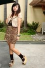 Beige-jacket-light-brown-archive-clothing-dress-dark-brown-socks-beige-wed