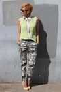 Sheer-lace-funky-elegance-top-flower-print-zara-pants-zara-pumps