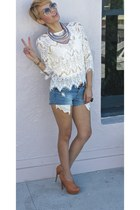 white lace Funky Elegance top - blue jean Forever21 shorts