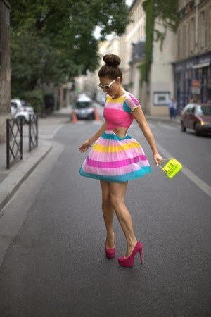 light pink dress - yellow bag - salmon heels