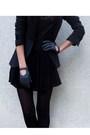 Gray-zara-blazer-gray-maje-t-shirt-black-f21-skirt-black-minnetonka-boots