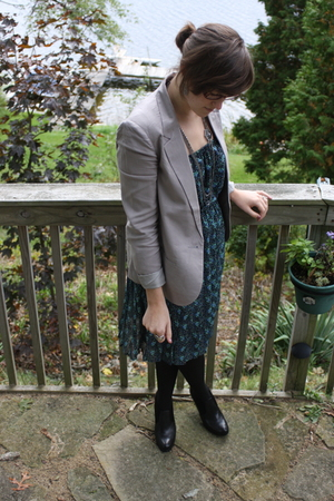 UO blazer - UO dress - kohls boots - kohls tights - earrings - kohls necklace