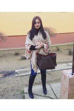 black Tamaris boots - blue Levis jeans - camel Zara scarf