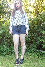 Gold-buttons-charlotte-russe-shorts