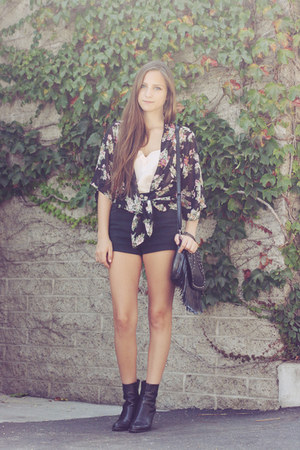 black floral kimono cape - black leather thrifted boots - black thrifted shorts