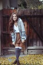 Brown-skirt-charcoal-gray-socks-heather-gray-sweater-heather-gray-vest-d