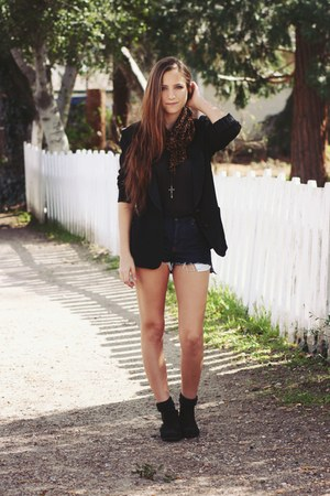 black cotton on boots - black thrifted blazer - brown leopard print H&M scarf -