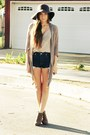 Dark-brown-wool-hat-navy-cut-offs-shorts-beige-patterned-silk-calvin-klein-b