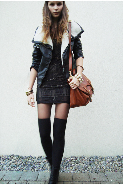black shirt - black shoes - black jacket - brown bag