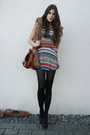 Cut-out-dress-brown-bag-faux-fur-vest