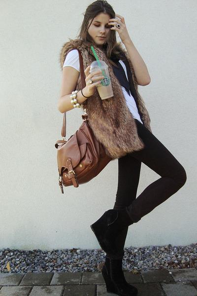vest - shoes - jeans - shirt - bag -