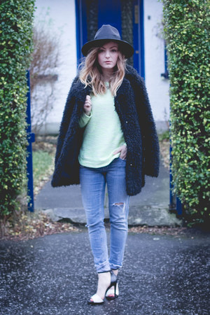 black heeled new look boots - fluffy black Topshop coat - H&M jeans