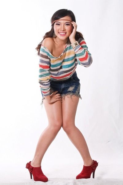 brick red tiangge boots - navy Forever 21 shorts - bubble gum Forever 21 top