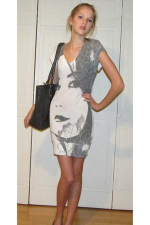 face Forever 21 dress