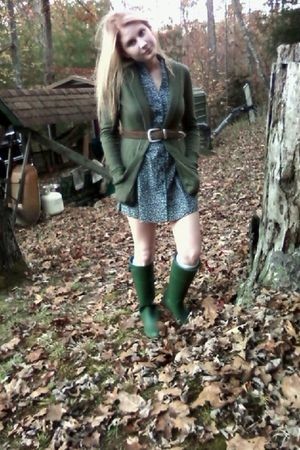 green boots - blue thrifted dress - brown Urban Outfitters belt - green BDG card