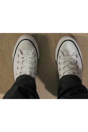 white chucky ts shoes
