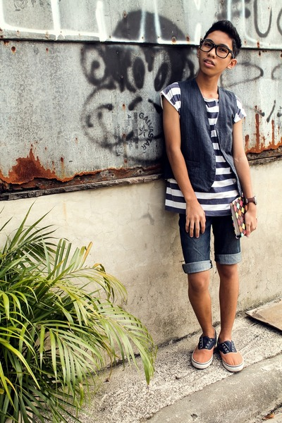 blue diy denim paddocks shorts - white striped top - navy denim vest