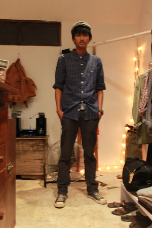 cotton Marks & Spencer hat - cotton Gap shirt - calvin klein pants