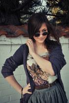 beige floral Stradivarius top - purple wool Cubus sweater
