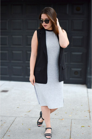 black BB Dakota vest - charcoal gray tank dress Le Tote dress