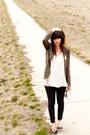Forever-21-jeans-chloe-k-blazer-vintage-accessories-seychelles-heels