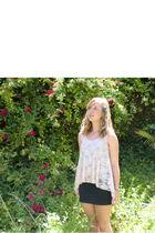 pink Forever 21 top - black H&M skirt - silver American Eagle necklace - gold Fr
