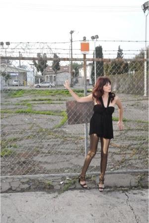 Alexander Wang blouse - Forever21 leggings - Elie Tahari shoes