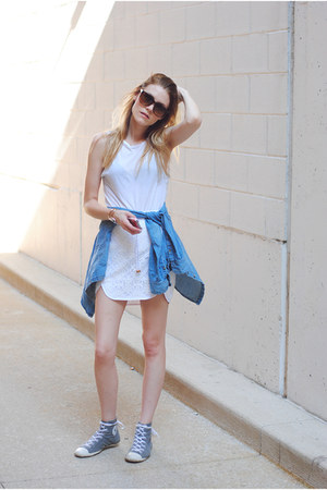 lace sporty Sugarlips skirt - chambray H&M top - Converse sneakers