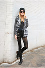 Flannel-monki-top-combat-steve-madden-boots-cut-offs-one-teaspoon-shorts