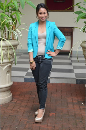 turquoise blue H&M blazer - cream Forever 21 top - black Terranova pants