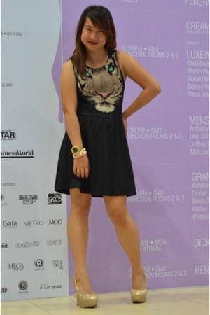 black H&M dress - nude Payless heels - peach Forever 21 bracelet