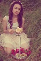 eggshell Zara dress